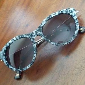 Anthropologie Ett:twa Tibby Sunglasses